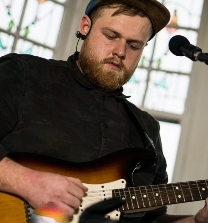 Tom Walker Session at Tenement TV HQ – by Jose Ramon Caamano