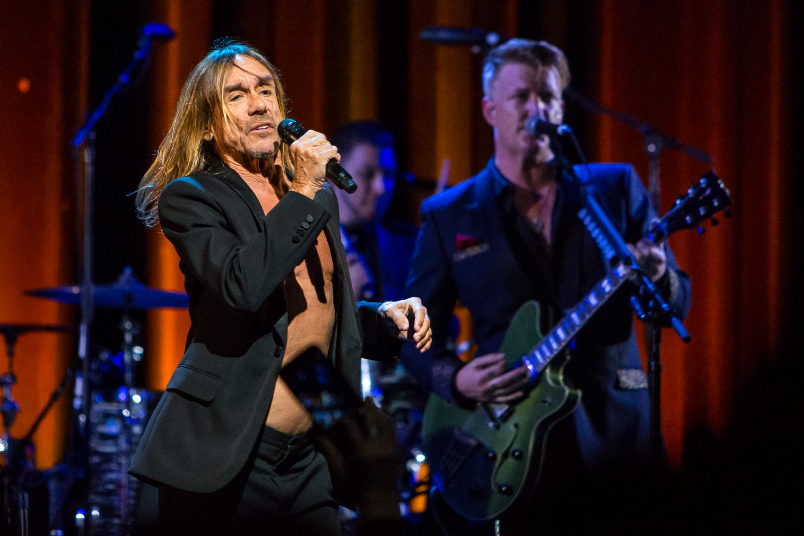 05-iggy-pop-and-queens-of-the-stone-age